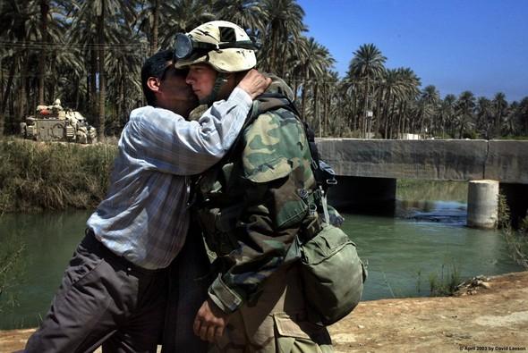 Военное положение: Одежда и аксессуары солдат в Ираке. Изображение № 36.