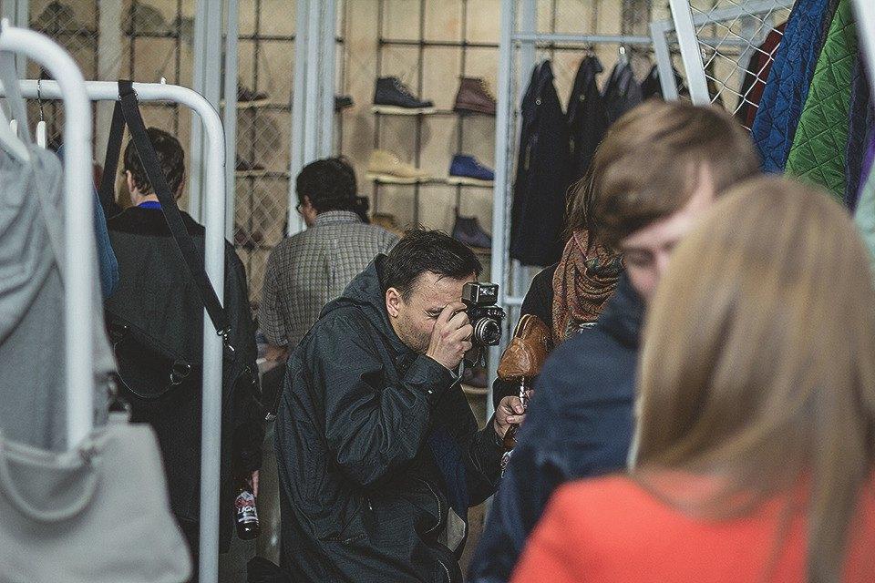 Детали: Репортаж с открытия магазина Code7 в Петербурге. Изображение № 31.