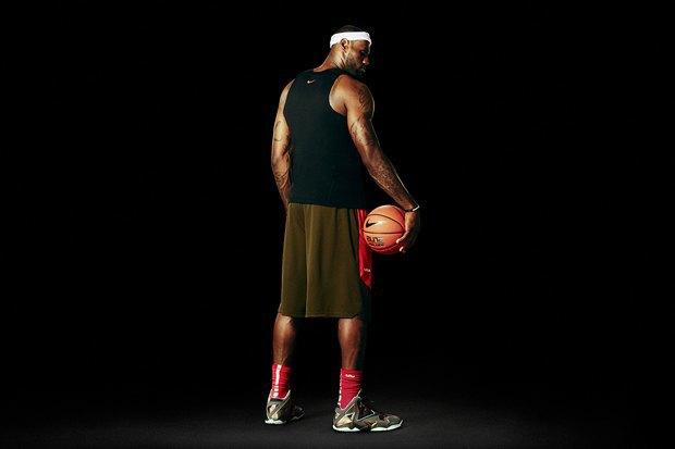 Баскетболист Леброн Джеймс представил новую именную модель кроссовок Nike LeBron 11. Изображение № 5.