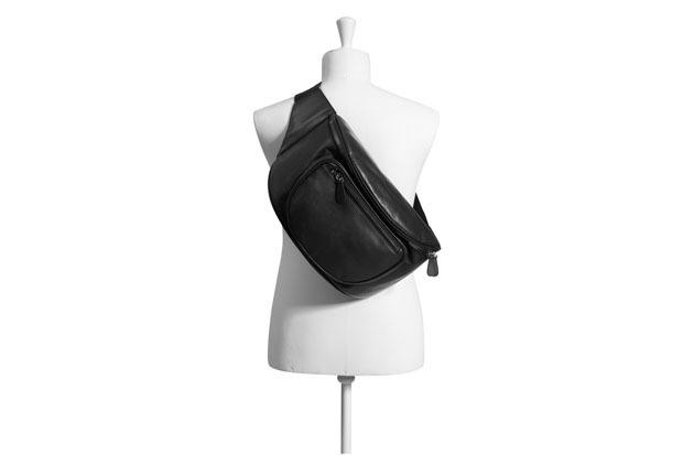 Марки H&M и Maison Martin Margiela представили совместную коллекцию одежды. Изображение № 36.