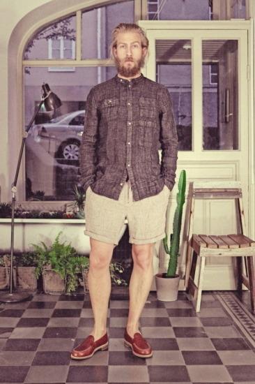 Марка Uniforms for the Dedicated опубликовала лукбук весенней коллекции одежды. Изображение № 15.