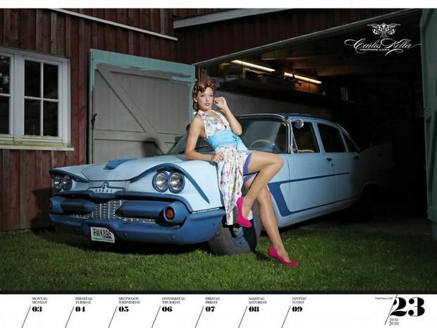 10 эротических календарей на 2013 год. Изображение № 84.