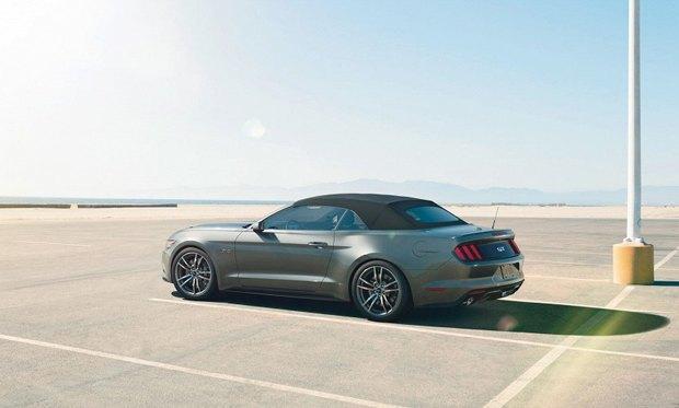 Первый экземпляр обновленного Ford Mustang продадут на аукционе . Изображение № 5.
