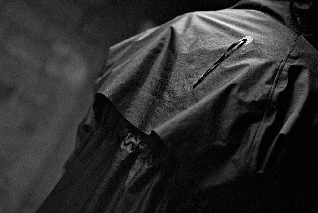 Как люксовые марки одежды адаптируют аутдор для своих коллекций. Изображение № 3.