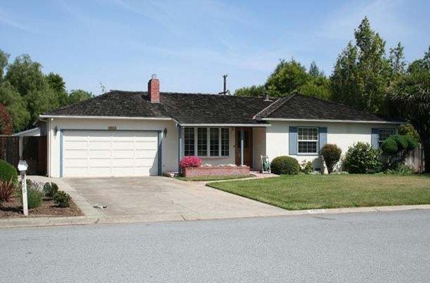 Дом, где Стив Джобс провел детство, признали достопримечательностью. Изображение № 1.
