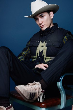 Adidas Originals и Neighborhood выпустили совместную коллекцию одежды. Изображение № 3.