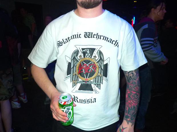 Еще одна футболка российского фанклуба. Вид спереди.. Изображение № 15.