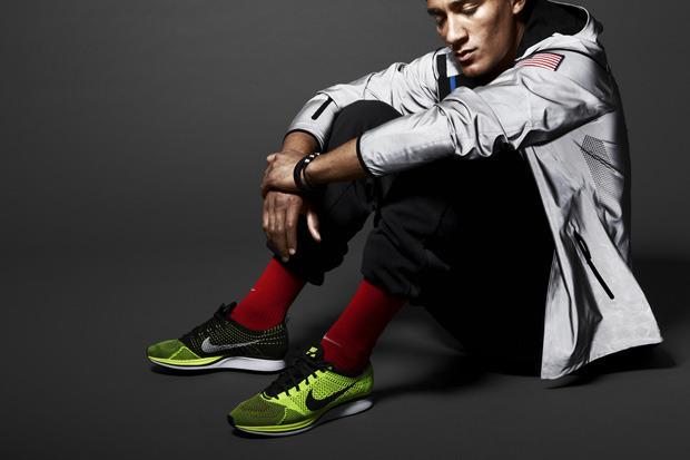 Nike Sportswear выпустили лукбук осенней коллекции одежды. Изображение № 3.