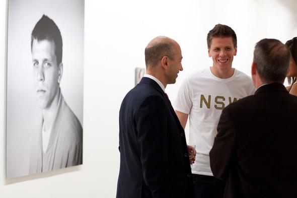 «Арсенал» отметил 125-летие выставкой фотографий игроков и болельщиков. Изображение № 8.