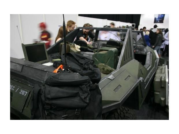 Англичанин превратил Land Rover в бронемобиль из игры Halo. Изображение № 7.