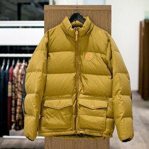 5 красивых продавщиц в магазинах мужской одежды выбирают вещи для парня их мечты. Изображение № 10.
