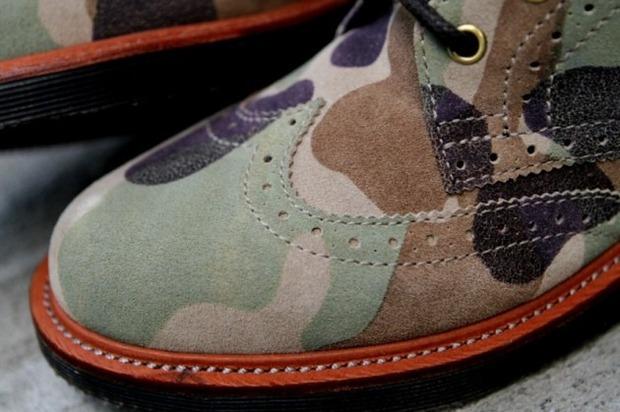 Дизайнер Ронни Фиг и марка Dr. Martens выпустили капсульную коллекцию обуви. Изображение № 3.