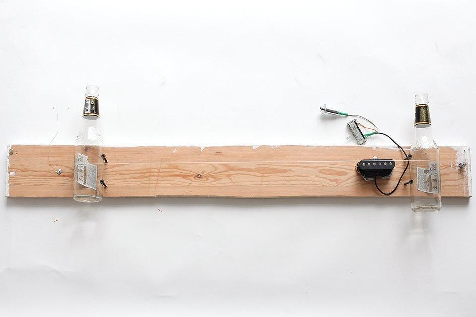 Как изготовить примитивную гитару диддли-бо в домашних условиях. Изображение № 10.