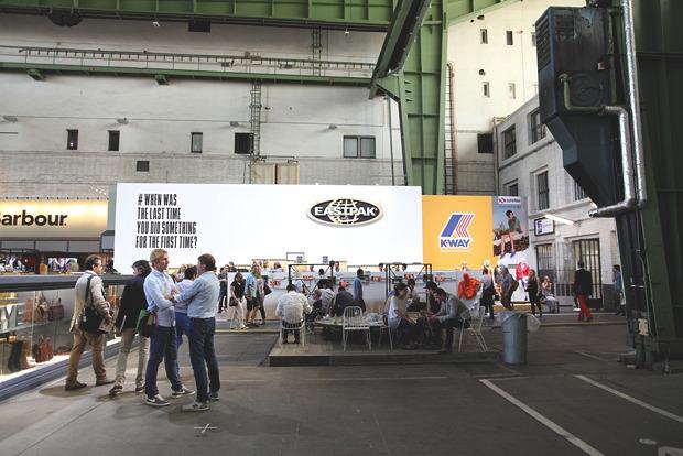 Детали: Фоторепортаж с выставок Bread & Butter, Capsule и открытия магазина Stussy в Берлине. Изображение № 50.