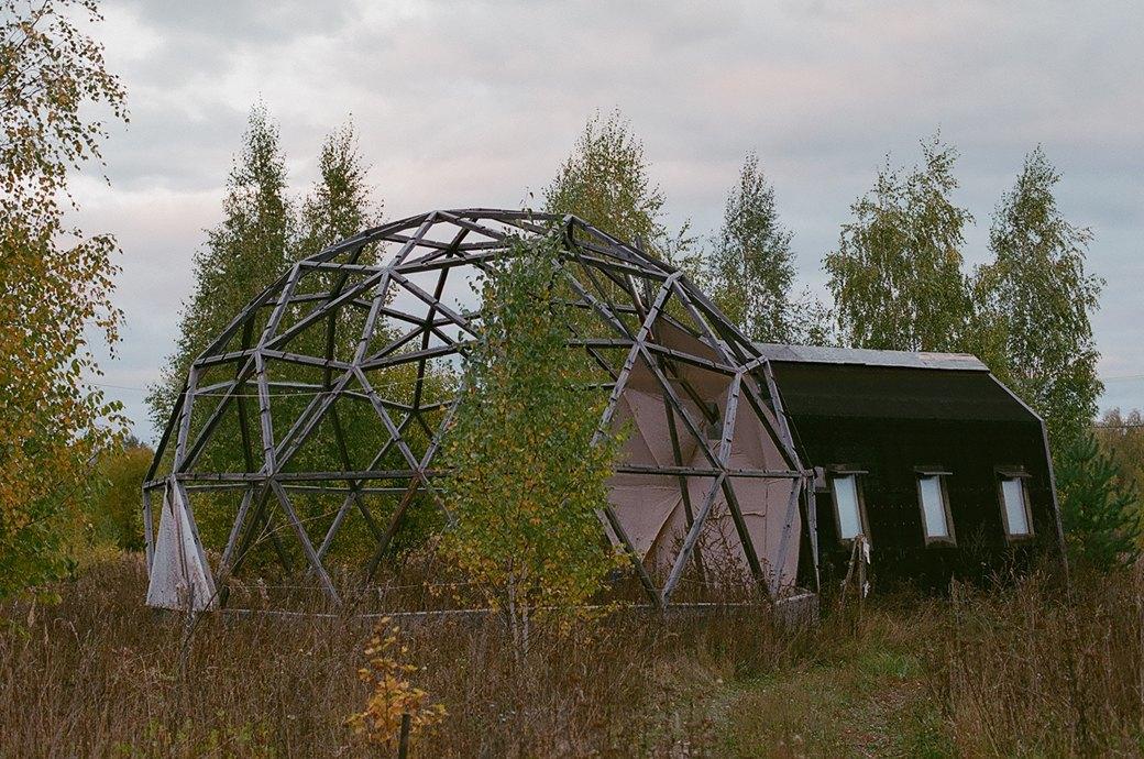 «Живая картина»: Как живет экопоселение, построенное на связи космоса и кедровых рощ. Изображение № 2.