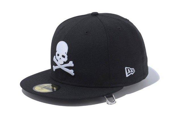 Марка New Era представила совместную с другими брендами коллекцию кепок. Изображение № 12.