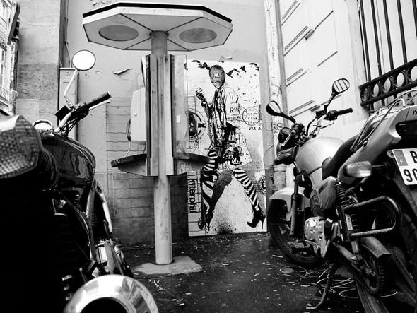 Новая работа уличного художника WK Interact. Изображение № 11.