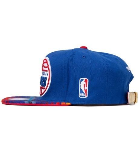 Genesis Project совместно с Pendleton выпустили вторую коллекцию кепок с символикой команд НБА. Изображение №19.