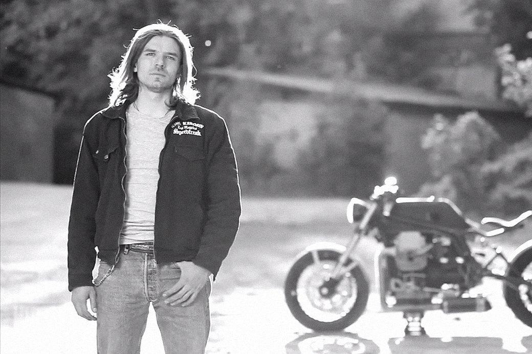 Болгарка, молоток и сварка: Интервью с  Глебом Чёрным, владельцем кастом-ателье мотоциклов . Изображение № 1.