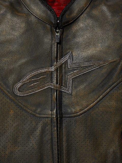 Марки Wrangler и Alpinestars выпустили совместную коллекцию одежды. Изображение № 8.