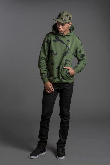 Марка The Hundreds опубликовала лукбук осенней коллекции одежды . Изображение № 12.