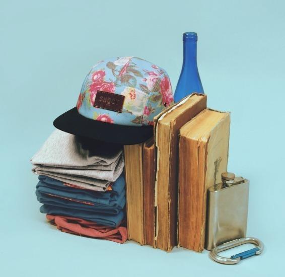 Киевская марка Syndicate опубликовала лукбук новой коллекции кепок. Изображение № 2.