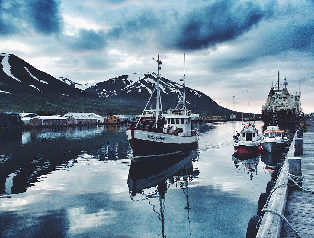 Как мы проехали всю Европу на мотоциклах, чтобы посёрфить у берегов Исландии. Изображение № 12.