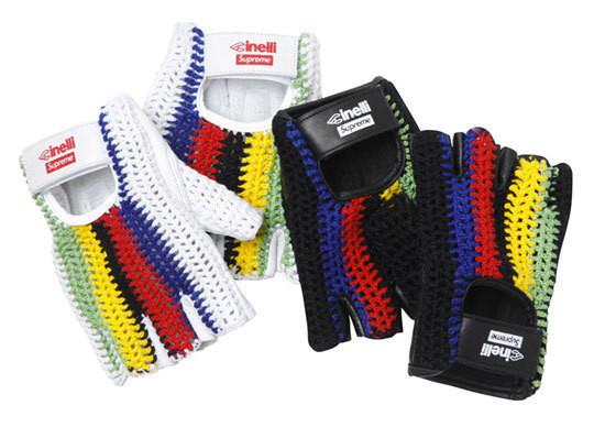 Уличная одежда Supreme: весенне-летний лукбук, кепки, рюкзаки и аксессуары. Изображение № 42.