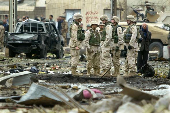 Военное положение: Одежда и аксессуары солдат в Ираке. Изображение № 26.