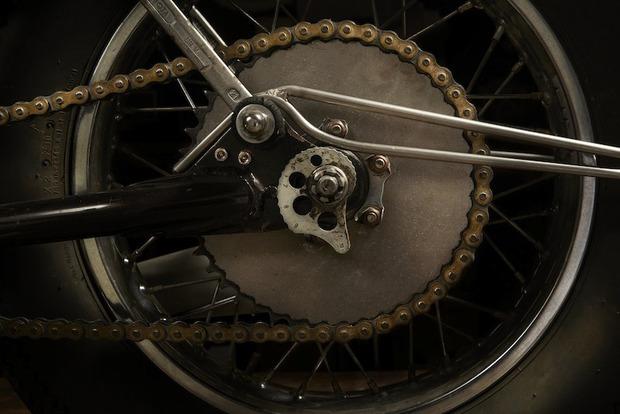 Испанская мастерская El Solitario изготовила мотоцикл Winning Loser. Изображение № 3.