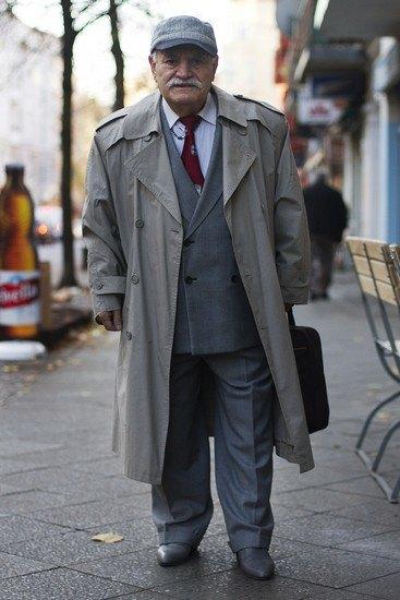 Харизматичный турок Али каждый день демонстрирует новый лук в блоге на Tumblr. Изображение № 10.