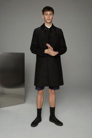 Марка Opening Ceremony выпустила лукбук весенней коллекции одежды. Изображение № 9.