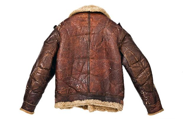 На высоте: История и особенности легендарной пилотской куртки на меху — B-3. Изображение № 2.
