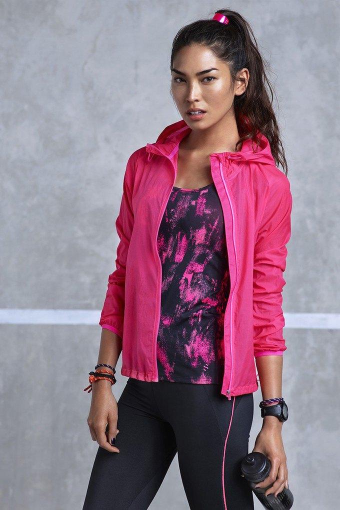 H&M представила новую коллекцию одежды для спорта. Изображение № 3.