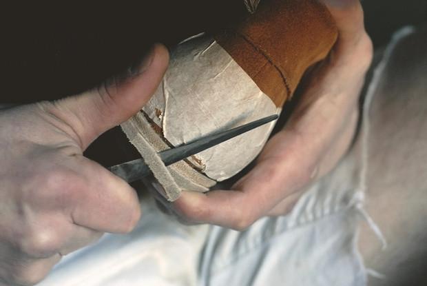 Обувь своими руками: Как сделать ботинки мечты в домашних условиях. Изображение № 38.