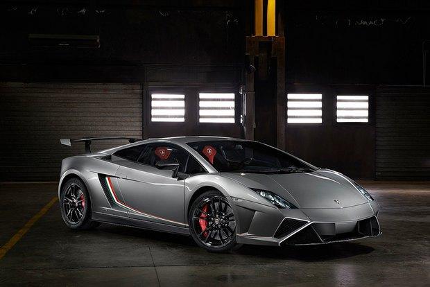 Lamborghini представили новый суперкар Gallardo LP 570-4 Squadra Corse. Изображение № 1.
