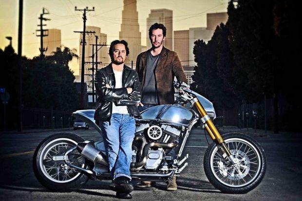 Киану Ривз основал компанию по производству кастомных мотоциклов на базе Harley-Davidson. Изображение № 1.