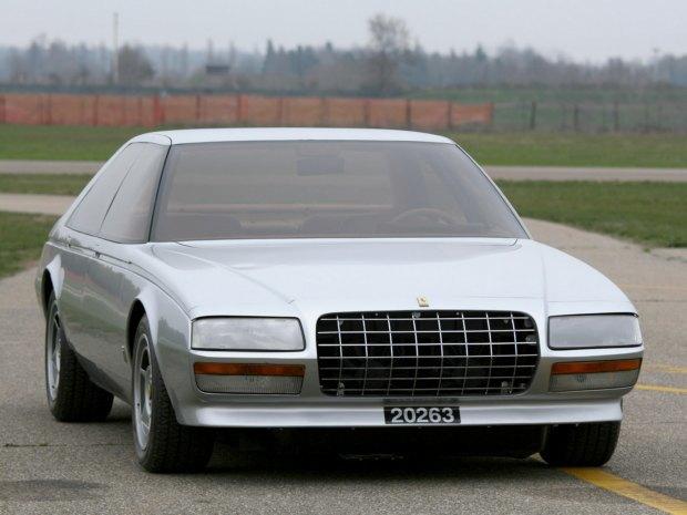 Уникальный седан Ferrari Pinin уйдёт с молотка. Изображение № 3.