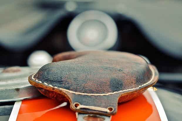 Мастерская британского дилера Warr's отреставрировала гоночный Harley-Davidson XRTT-750 . Изображение № 3.
