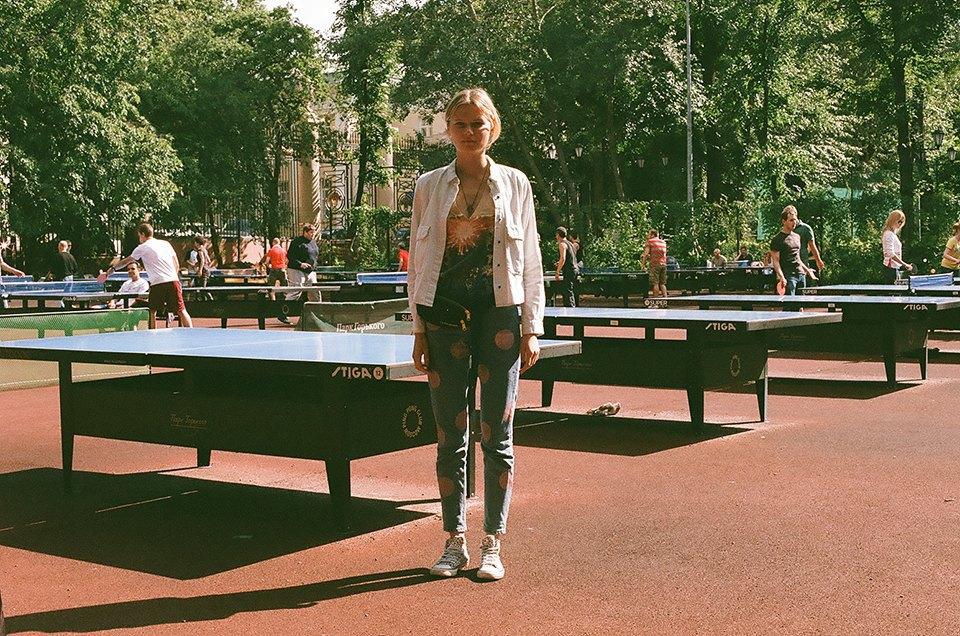 Фоторепортаж: Женский турнир по пинг-понгу в Нескучном саду. Изображение № 1.