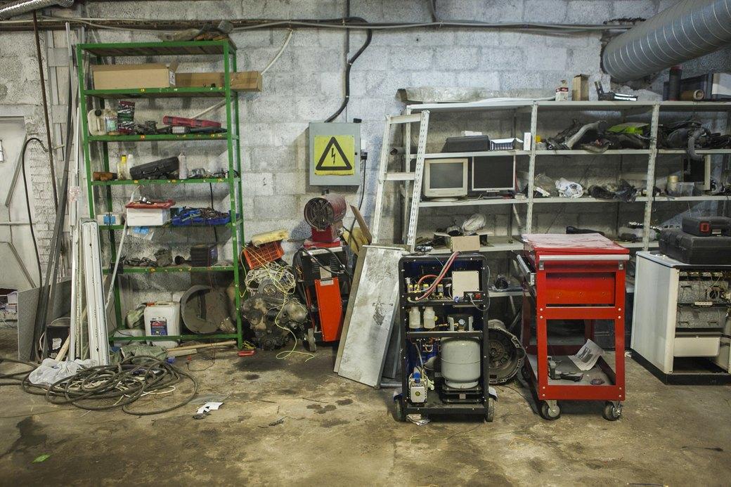 Соседи: Что происходит в помещениях рядом с мастерской FURFUR. Изображение № 45.