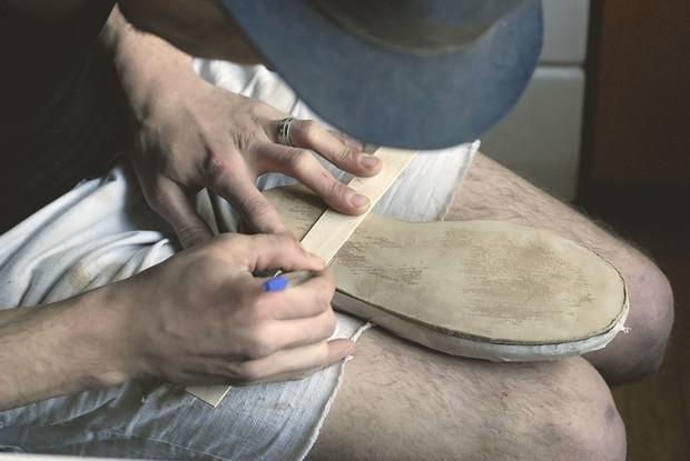 Обувь своими руками: Как сделать ботинки мечты в домашних условиях. Изображение № 31.