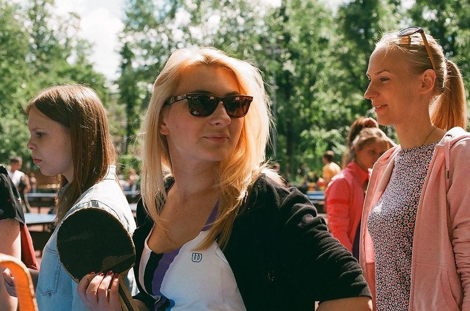 Фоторепортаж: Женский турнир по пинг-понгу в Нескучном саду. Изображение № 18.