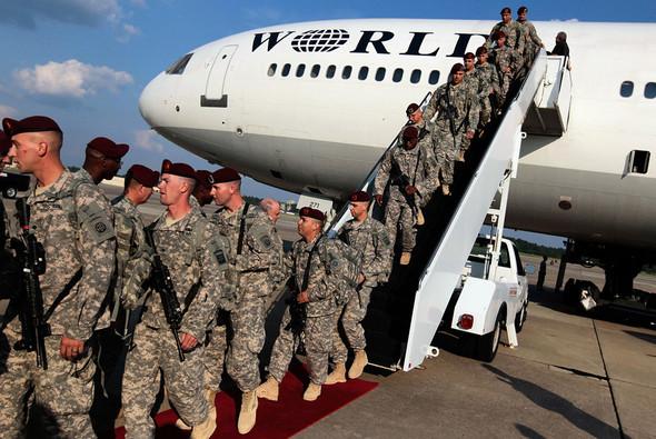 Военное положение: Одежда и аксессуары солдат в Ираке. Изображение № 28.