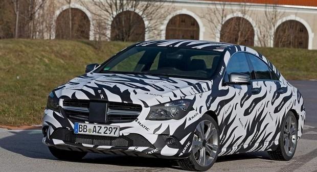 Mercedes показали новый закамуфлированный спортивный седан. Изображение № 9.