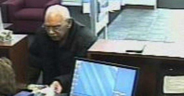 73-летний заключенный ограбил банк, потому что соскучился по тюрьме. Изображение № 1.