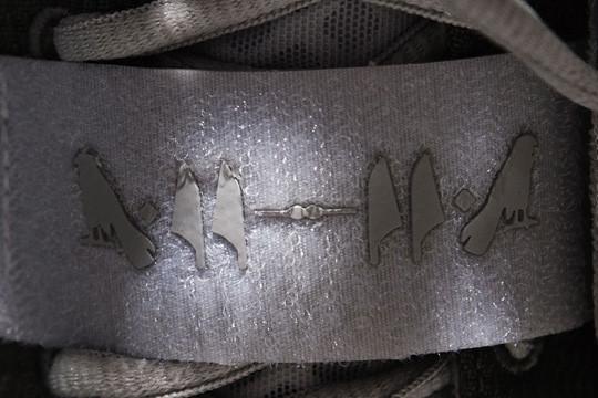 Очередь за кроссовками Канье Уэста и Nike выстроилась за 5 недель до начала продаж. Изображение № 3.