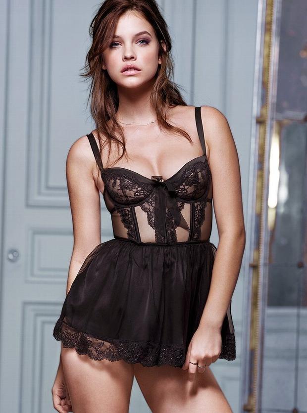 Модели Барбара Палвин и Даутцен Крус снялись в рекламе нижнего белья Victoria's Secret. Изображение № 3.