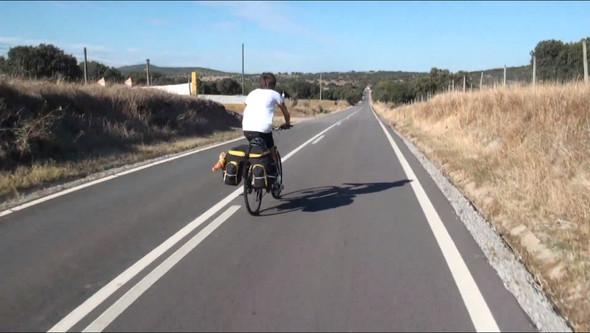 Фильм о путешествии из России в Португалию на велосипедах. Изображение № 4.