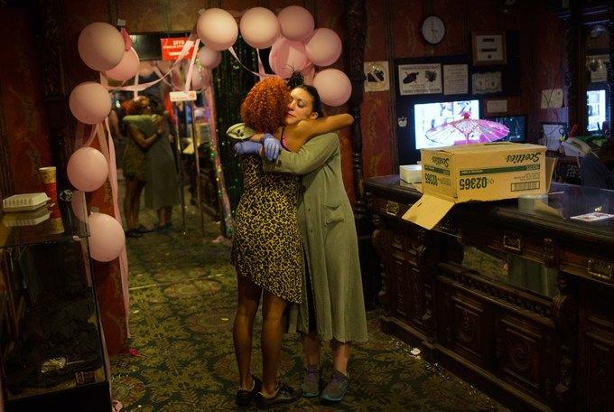 В Сан-Франциско закрылся легендарный стрип-клуб Lusty Lady. Изображение № 14.